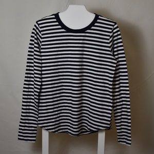 NWT Navy & White Striped Curved Hem Knit Top